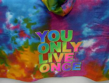 Image Sweatshirt Tie Dye YOLO Poncho