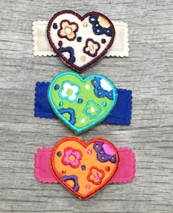 Image Embroidered Heart Snappy