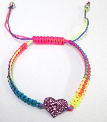 Image Rhinestone Heart Macreme Pulltie Bracelet