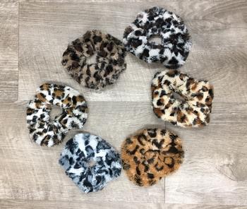 Image Leopard Faux Fur Scrunchie