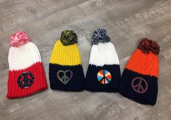 Image Peace Pom Hat