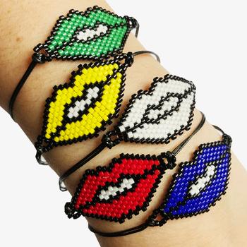 Image Beaded Lips Pulltie Bracelet