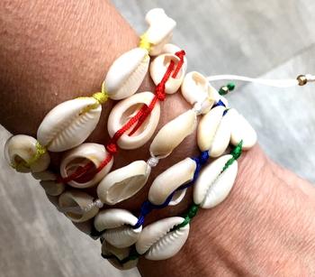 Image Shell Pull Tie Bracelet