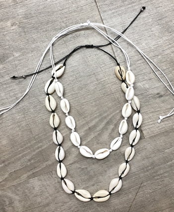 Image White Shell all around necklace