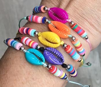 Image Bright Shell Rainbow Beads Pull Tie Bracelet